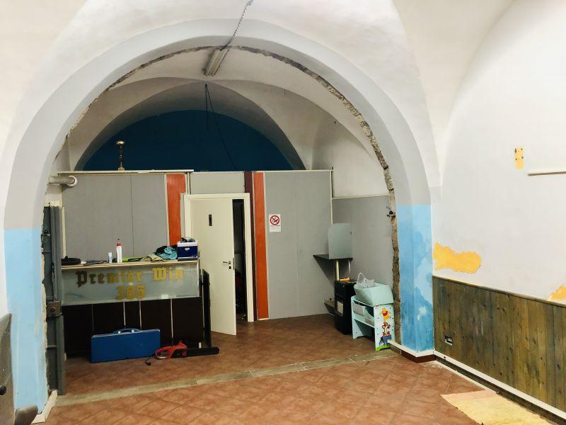Aci Catena zona Santa Lucía 40 mq ottima per ufficio